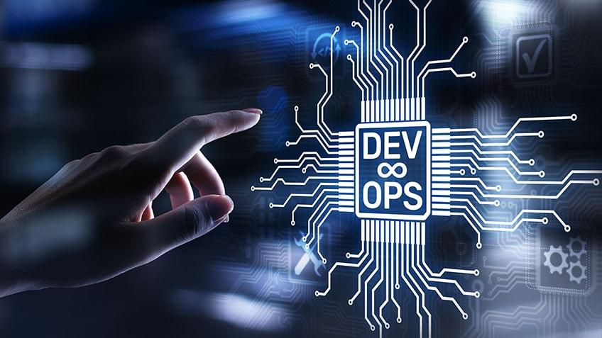 چرا باید دوره DevOps را بگذرونیم؟ (۱۰ مزیت برتر یادگیری DevOps)
